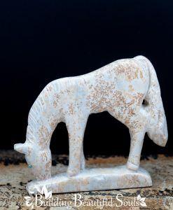 Soapstone Horse Zuni Fetish Hubert Pinion front 1000x1000